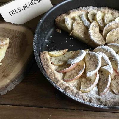 Вкуснейший яблочный пирог с душистой корицей